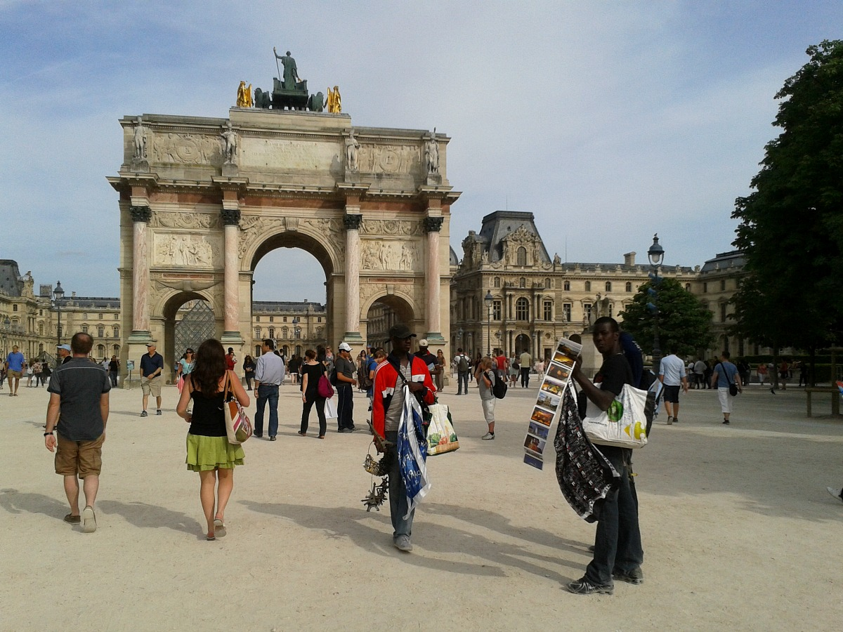 weekend w Paryżu, wycieczka do paryża  luwr w paryżu