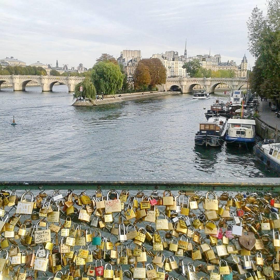 PARYZ ROMANTYCZNIE, paryż romantyczne miejsca