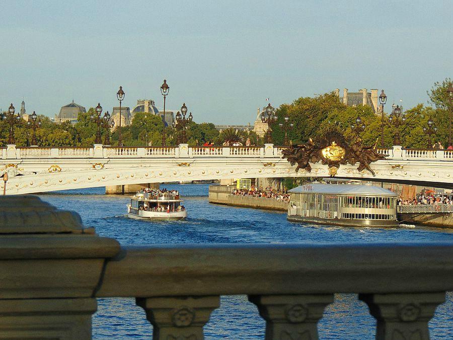 paryż uroki stolicy świata most aleksandra III pont alexandre III