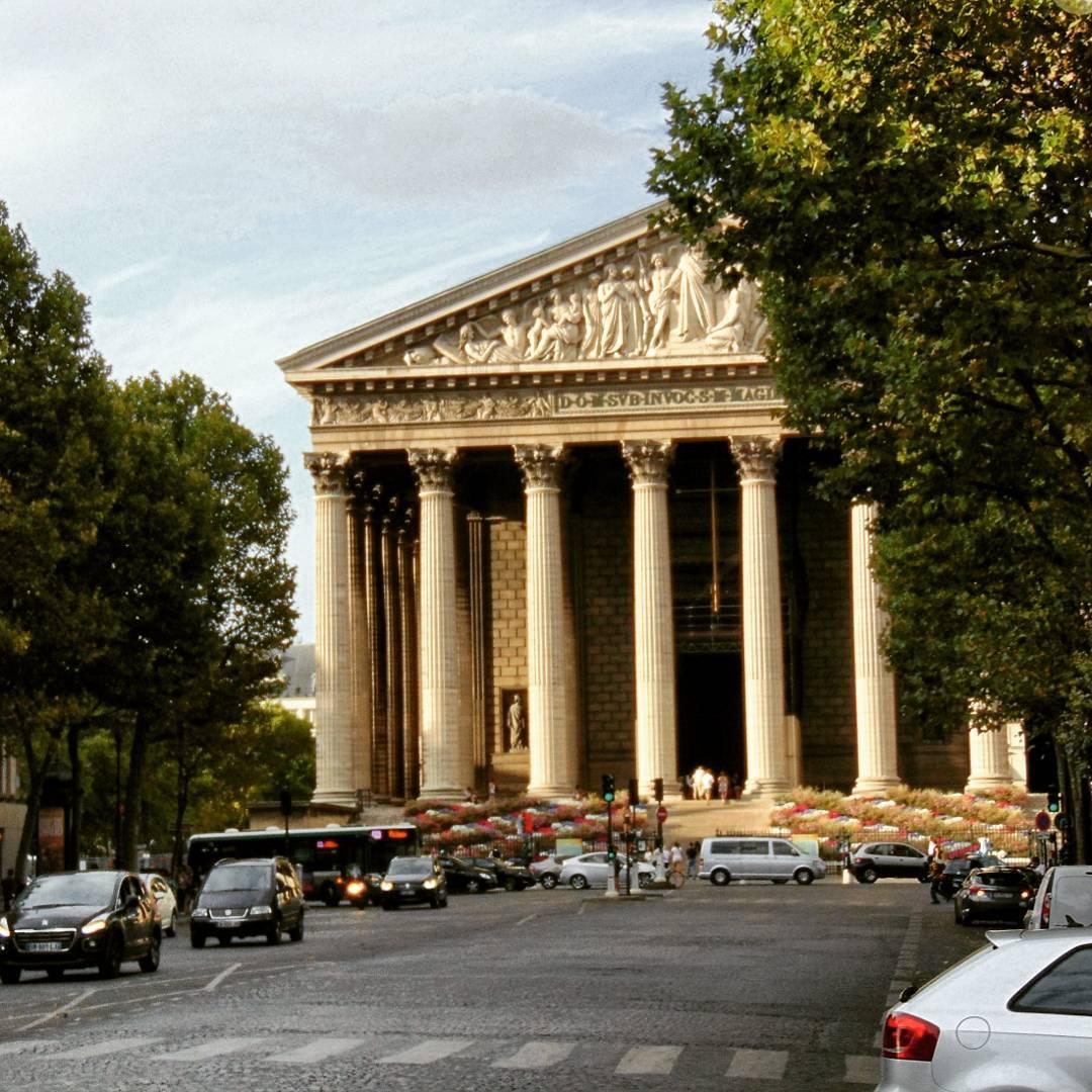 weekend w Paryżu, wycieczka do paryża  kosciol sw Magdaleny w Paryzu