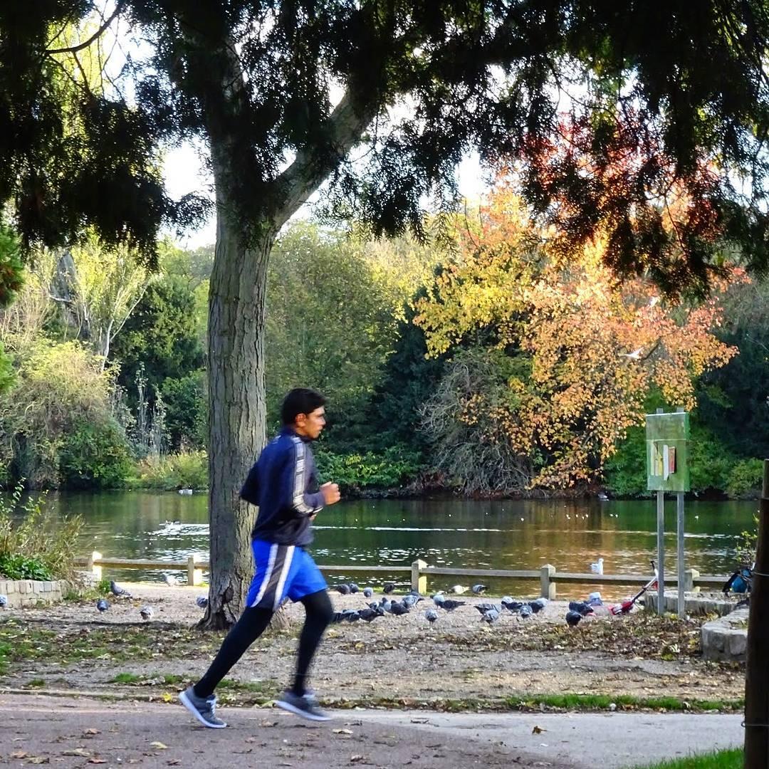 biegać szybciej po francusku